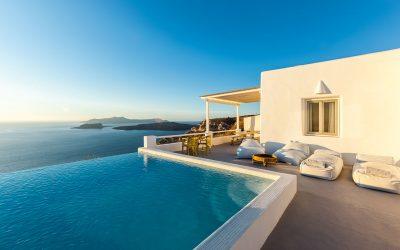 Infinity pool Santorini: cosa sono e perché fanno impazzire i turisti