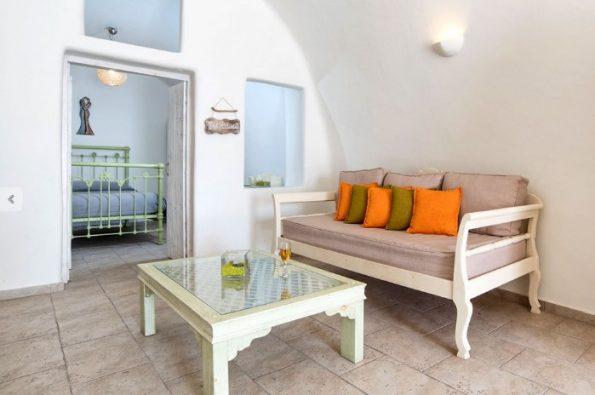 esempio di cave house luxury suites santorini