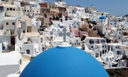 Santorini tourism 2020: Greece overcomes the COVID-19 emergency and opens door to tourists